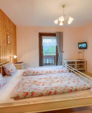 Schlafzimmer Appartement oben Violetta